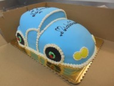 Car shape birthday cake