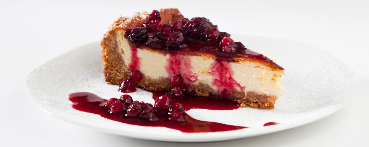 Cheescake Slice with Soft Fruits